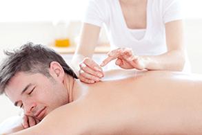 הדיקור הסיני העוזר בהפסקת עישון הוא תהליך פשוט, מרגיע וללא כאב כלל